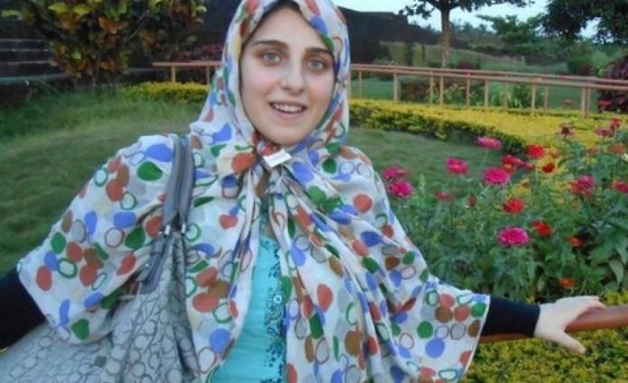 Vajza e politikanit italian konvertohet në Islam