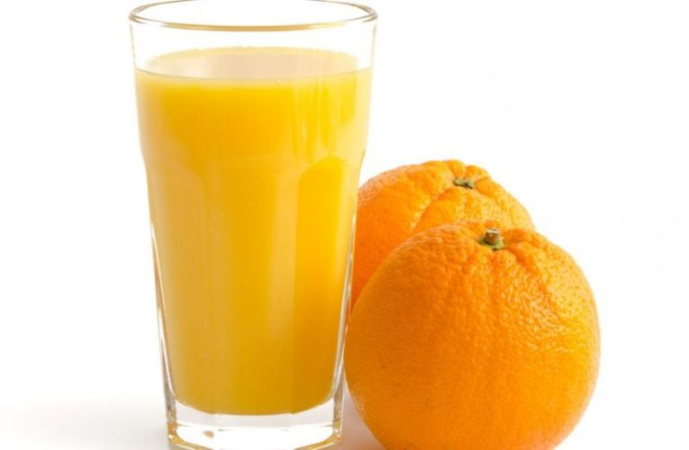 Ballina  Jeta  Shëndetësi Sa është i shëndetshëm lëngu i portokallit në mëngjes?!