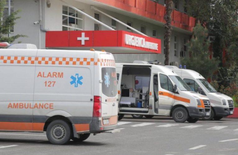 9 viktima dhe 572 raste të reja me COVID-19 në Shqipëri